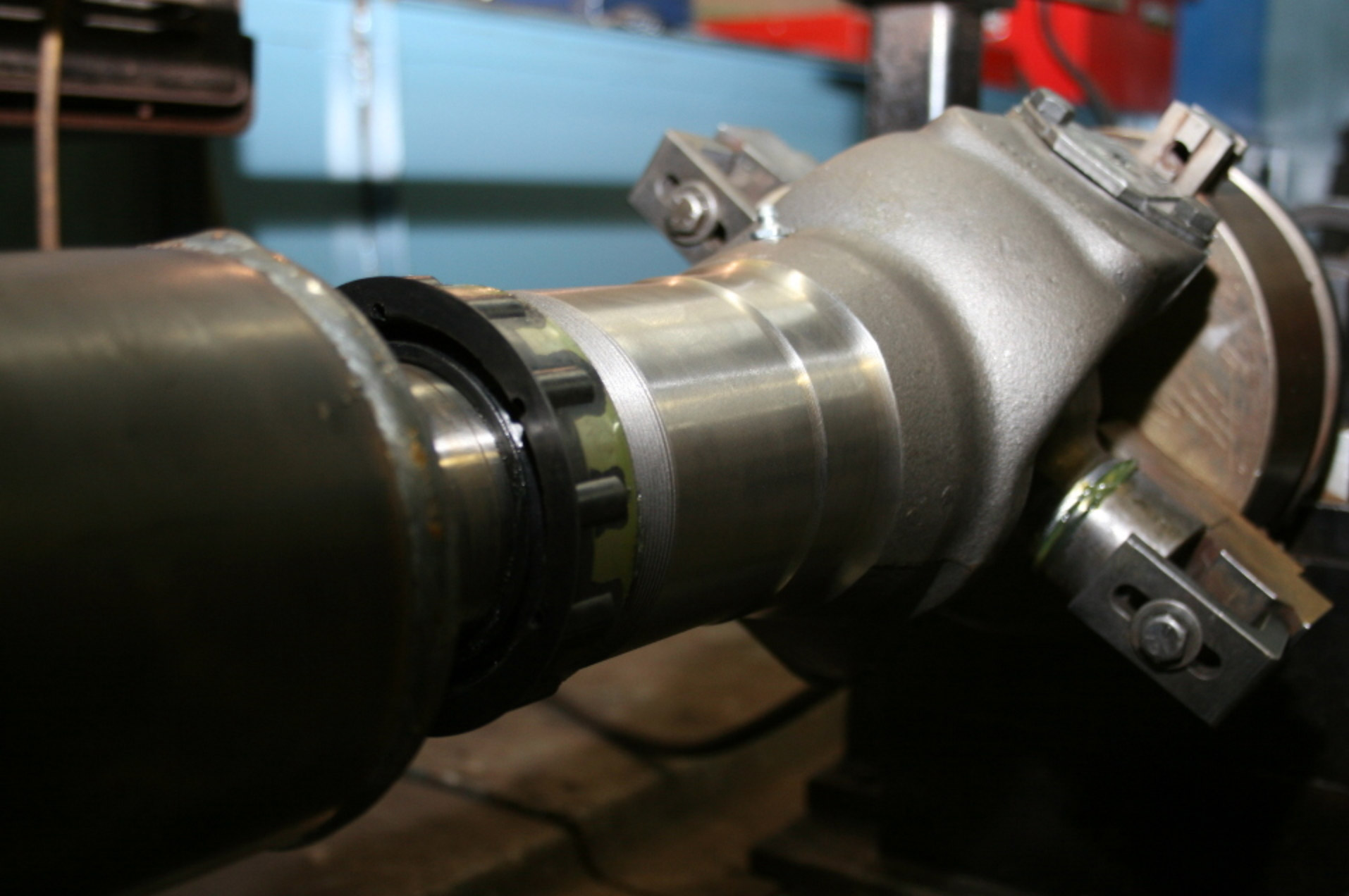 Rector provides for all your driveshaft needs including manufacturing, balancing and repair