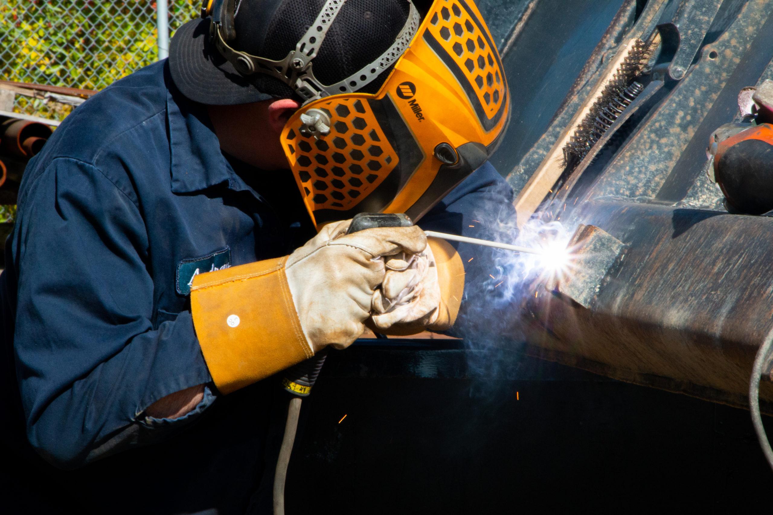 Dump truck welding repair