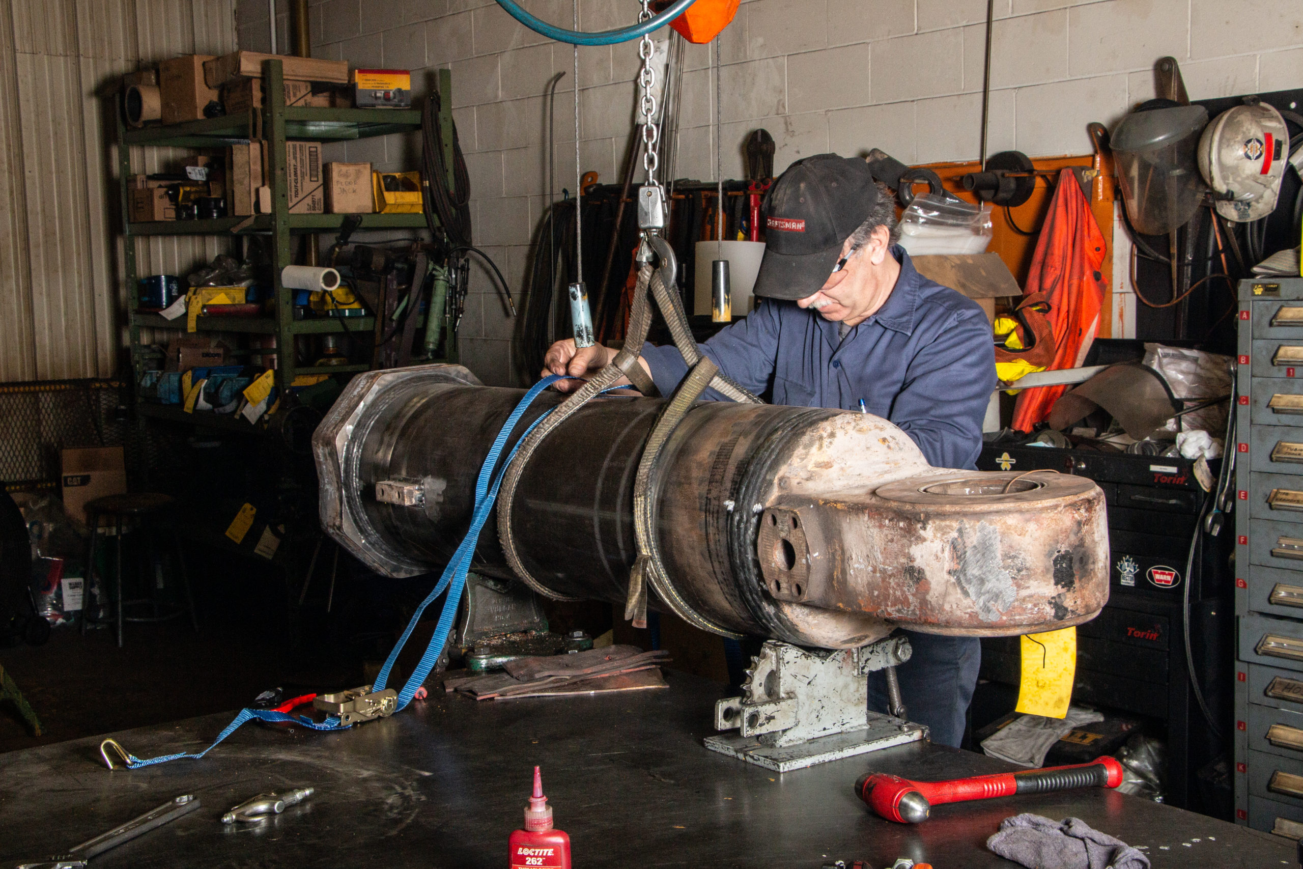 Rector Machine Works repairing large hydraulic cylinder for Alamos Gold