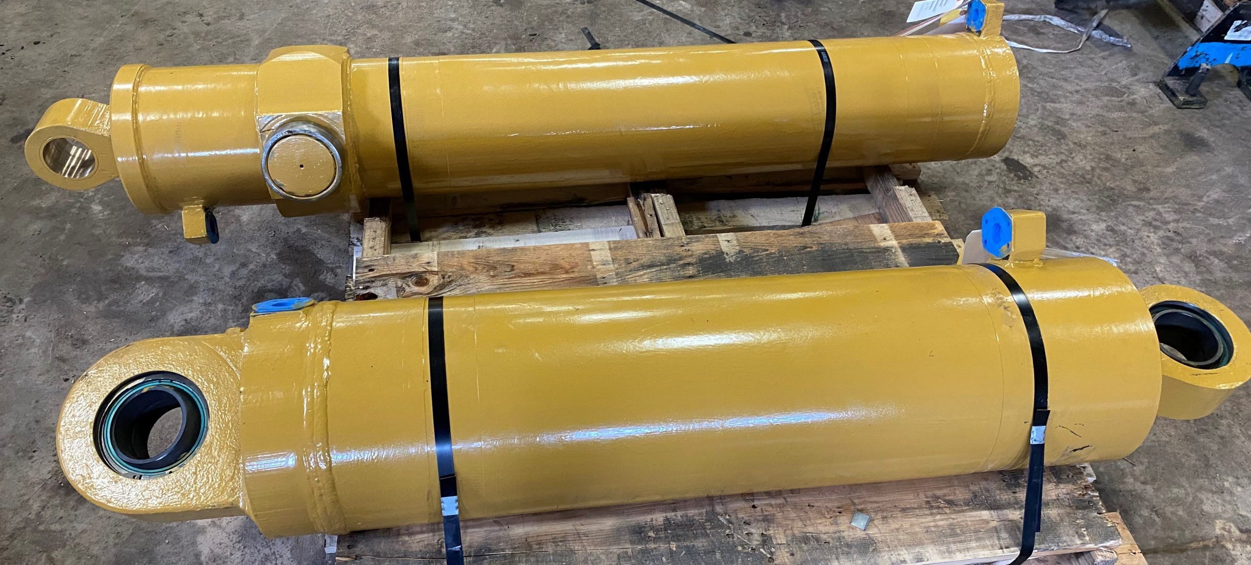 Complete rebuild of hydraulic cylinders by Rector's