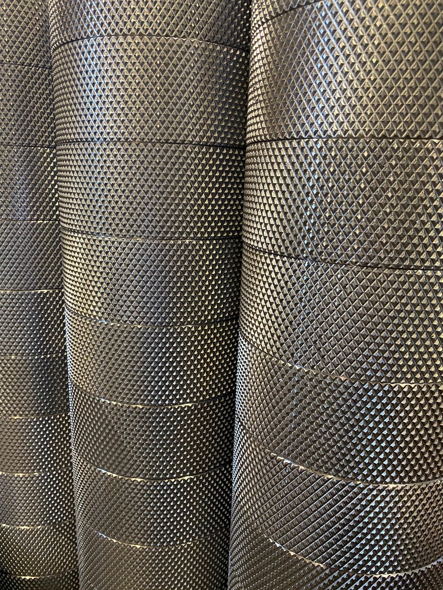 Rector knurled rolls